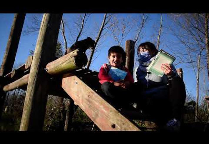 Embedded thumbnail for Los sueños del agua en la Bibliolancha de la BP Genoveva